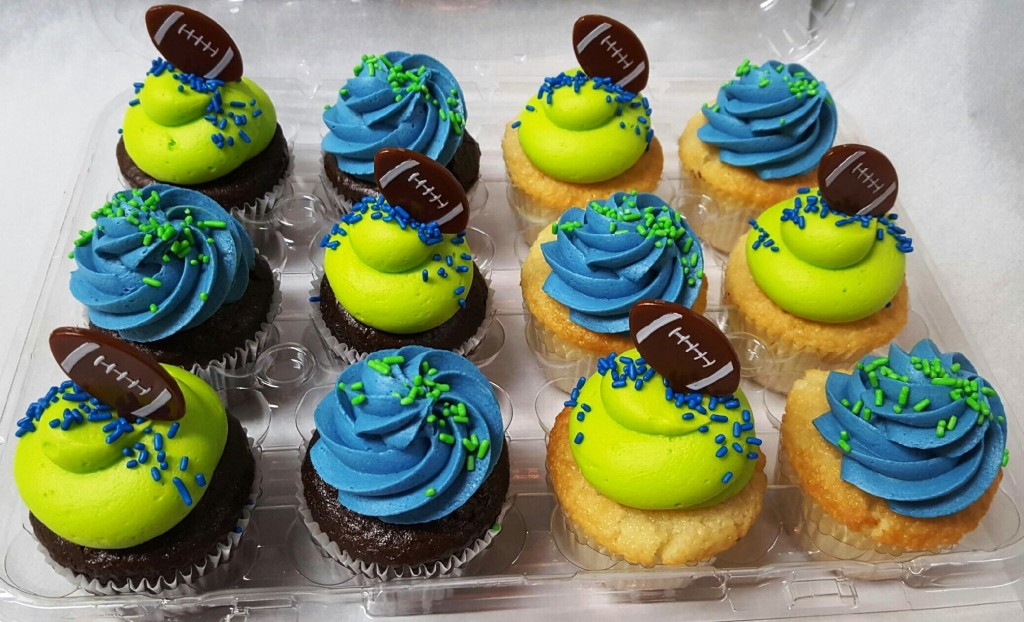 seahawks dozen cupcakes